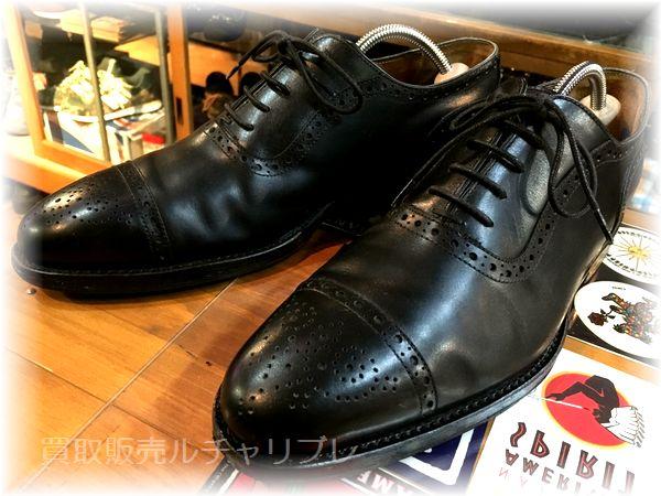 ジャランスリウァヤ(スリワヤ) セミブローグ 革靴
